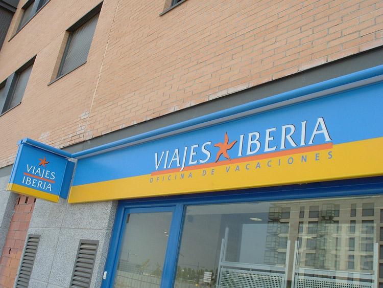 Ambar rotulaci n rotulaci n de vehiculos lonas impresas for Oficinas de iberia en madrid